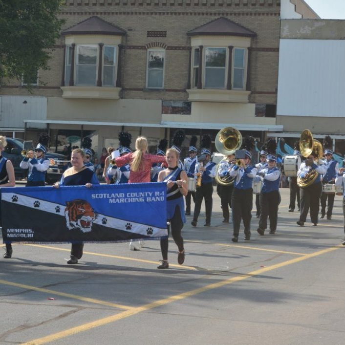 The Scotland County R-1 High School and Junior High Bands will compete in Saturday's Parade of Champions in Kahoka.
